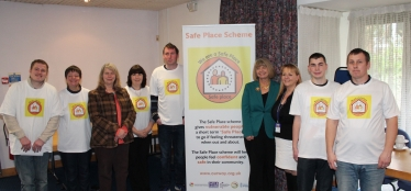 Picture caption (l-r): Wychavon District Council leader Linda Robinson, Harriett Baldwin MP and West Mercia Police Deputy Police and Crime Commissioner Tracey Onslow attend the launch of the Pershore Safe Places Scheme with volunteers. For media enquiries contact Edward Davies on 07595 584335.